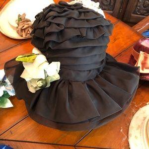 Vintage 40's / 50's Milady Brimmed Hat